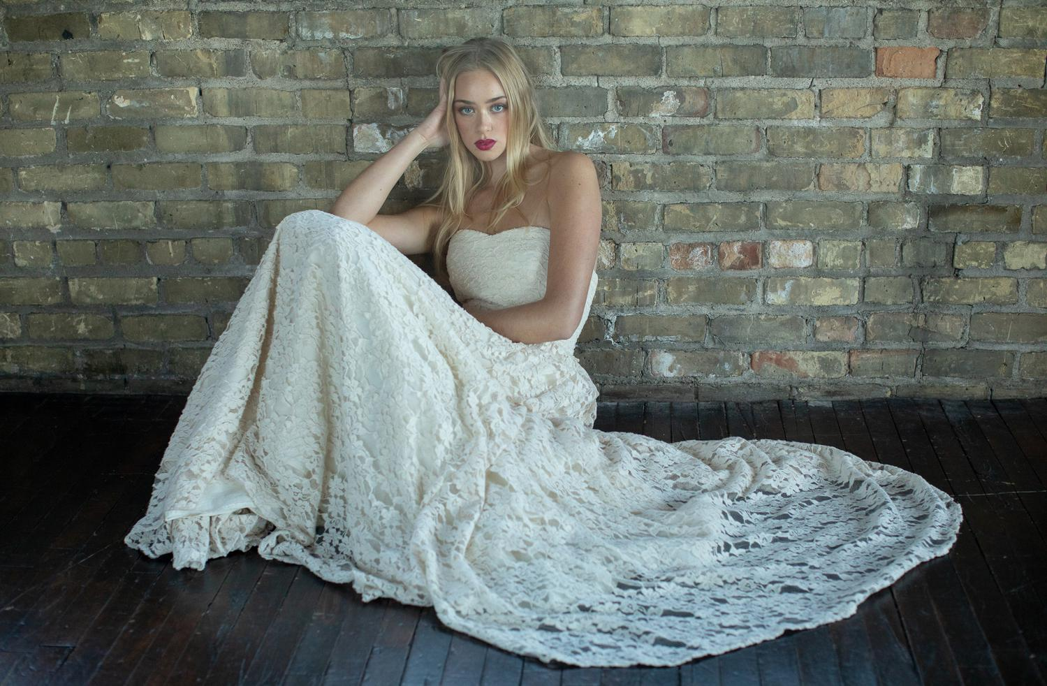 Eco Friendly And Vintage Bridal Gowns At Sienna Cole Twin